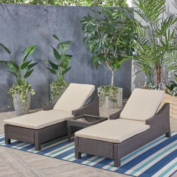 Outdoor Loungers Manufacturers in Pune