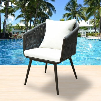 club chair Manufacturers in Mumbai